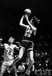 Top 10 Pete Maravich Books
