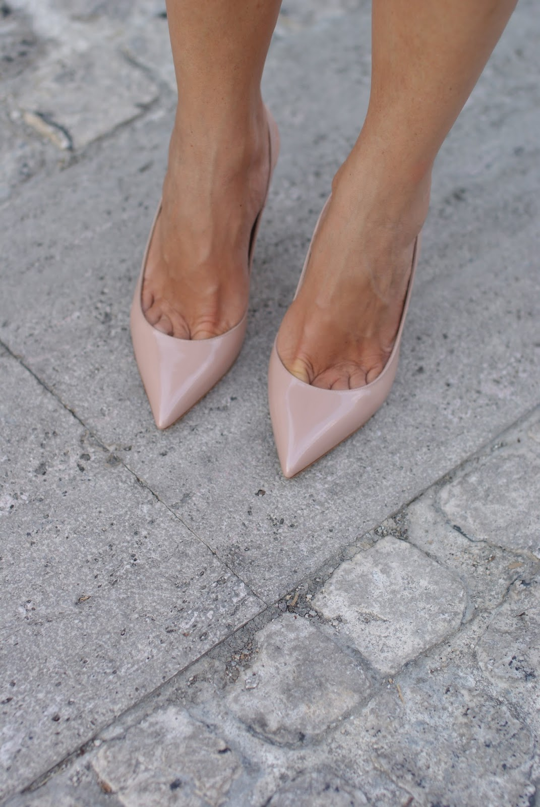 Le Silla nude pumps on Fashion and Cookies fashion blog