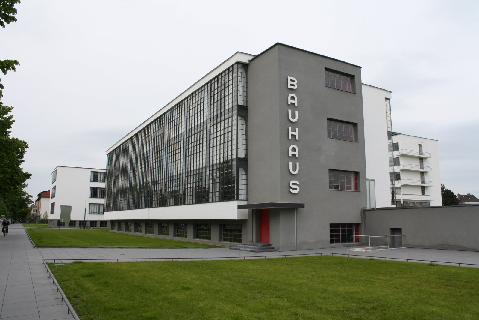 Otti arquitetura design fotografia bauhaus for Staatliches bauhaus