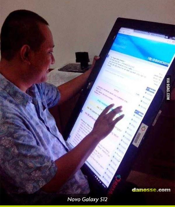 Vazou foto do Samsung Galaxy S12 | Danosse.COM
