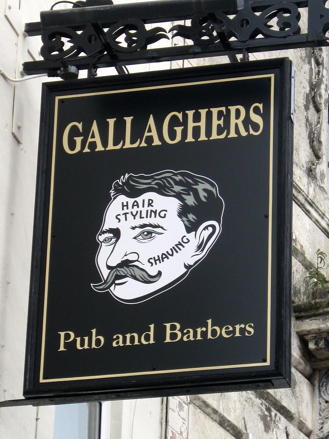... Wont Kill You - Beer Blog: Gallaghers Pub and Barbers, Birkenhead