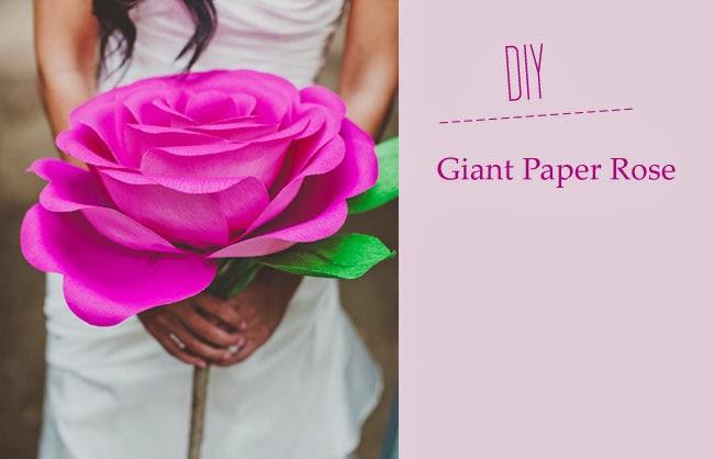 Rosa de papel gigante