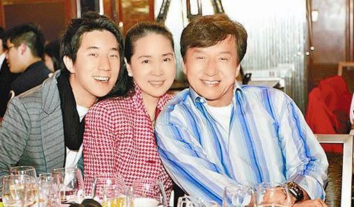 anak istri jackie chan jaycee
