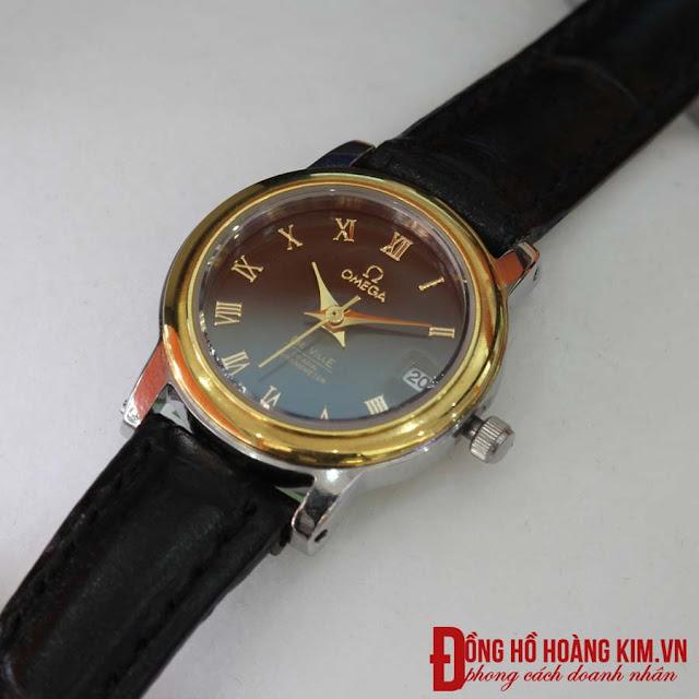 Đồng hồ nữ dây da đen