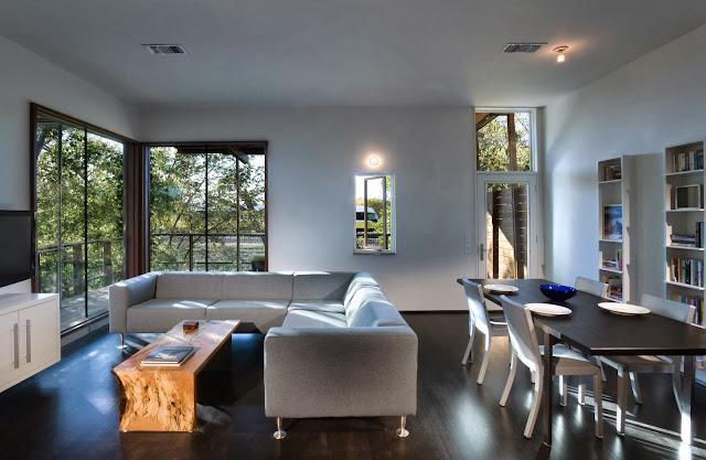 """living design LEED House """"Like A Houseboat"""""""