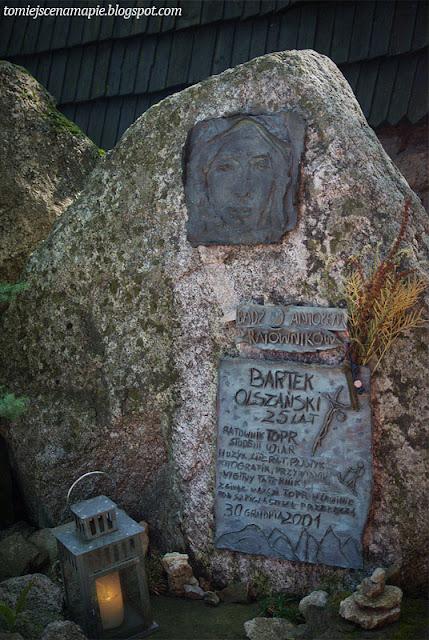 wypadek pod szpiglasową przełęczą, pęksowe brzyzko, stary cmentarz, stary cmentarz zakopane, stary cmentarz na pęksowym brzyzku w zakopanem, Markek Łabunowicz, Bartek Olszański