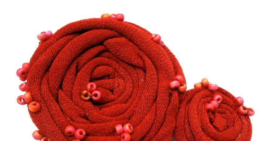 carmi 39 s art life world t shirt to yarn tarn brooch. Black Bedroom Furniture Sets. Home Design Ideas