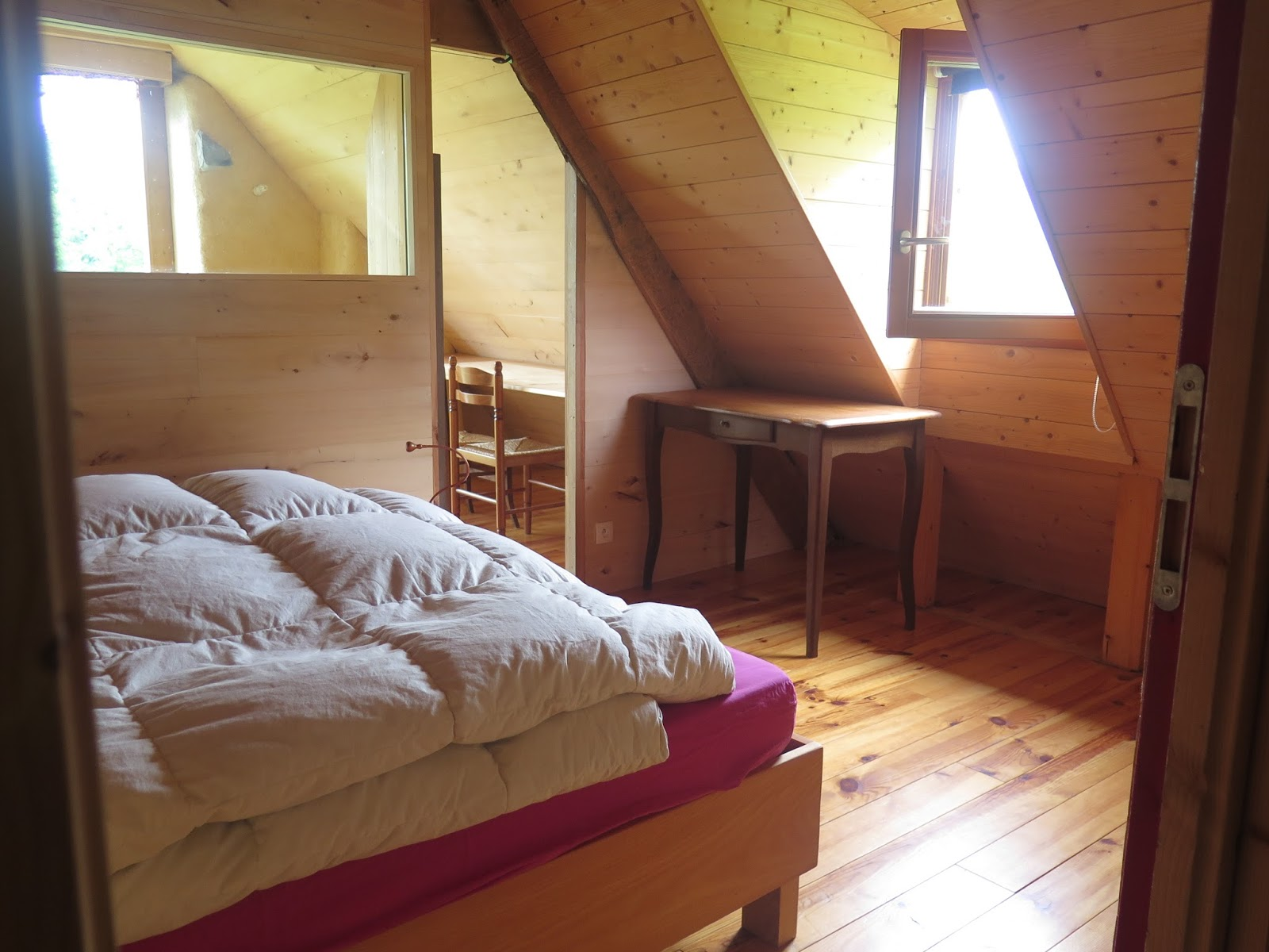 la grange des pyr n es descriptif tarifs p riodes. Black Bedroom Furniture Sets. Home Design Ideas