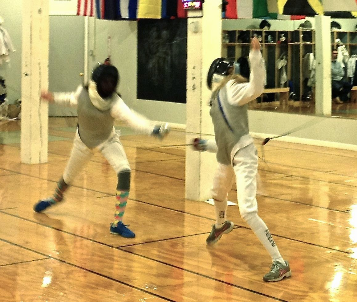 girls fencing: simplelivingeating.com