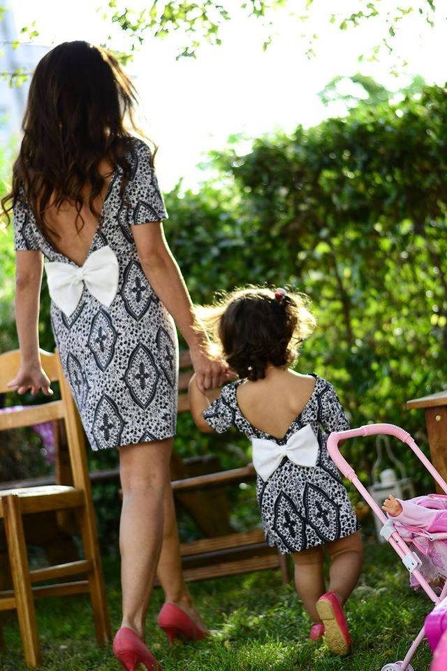 Find hundreds of mother daughter matching dresses and outfits with good quality and cheap. Shop matching family outfits sets, dresses, t-shirts, pjs and more.