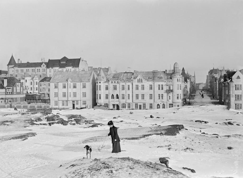 Vintage Photos of Street Scenes of Helsinki, Finland, ca 1900s ~ vintage eve