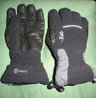 Rab Latok Glove Review , reseña del guante Latok Glove Guiasdelpicu.com