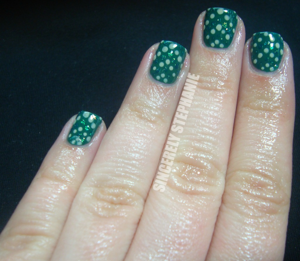 Nail Art Using Dotting Tool: Sincerely Stephanie: Dotting Tool: Green Dotting Machine