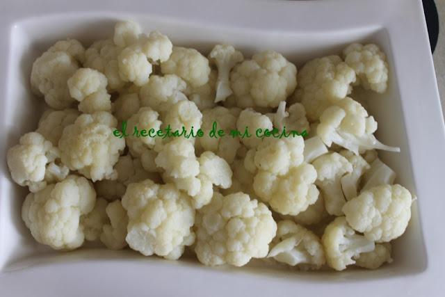 coliflor al vapor con bechamel de calabacin gratinada