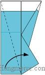 Bước 7: Gấp chéo cạnh giấy sang phải