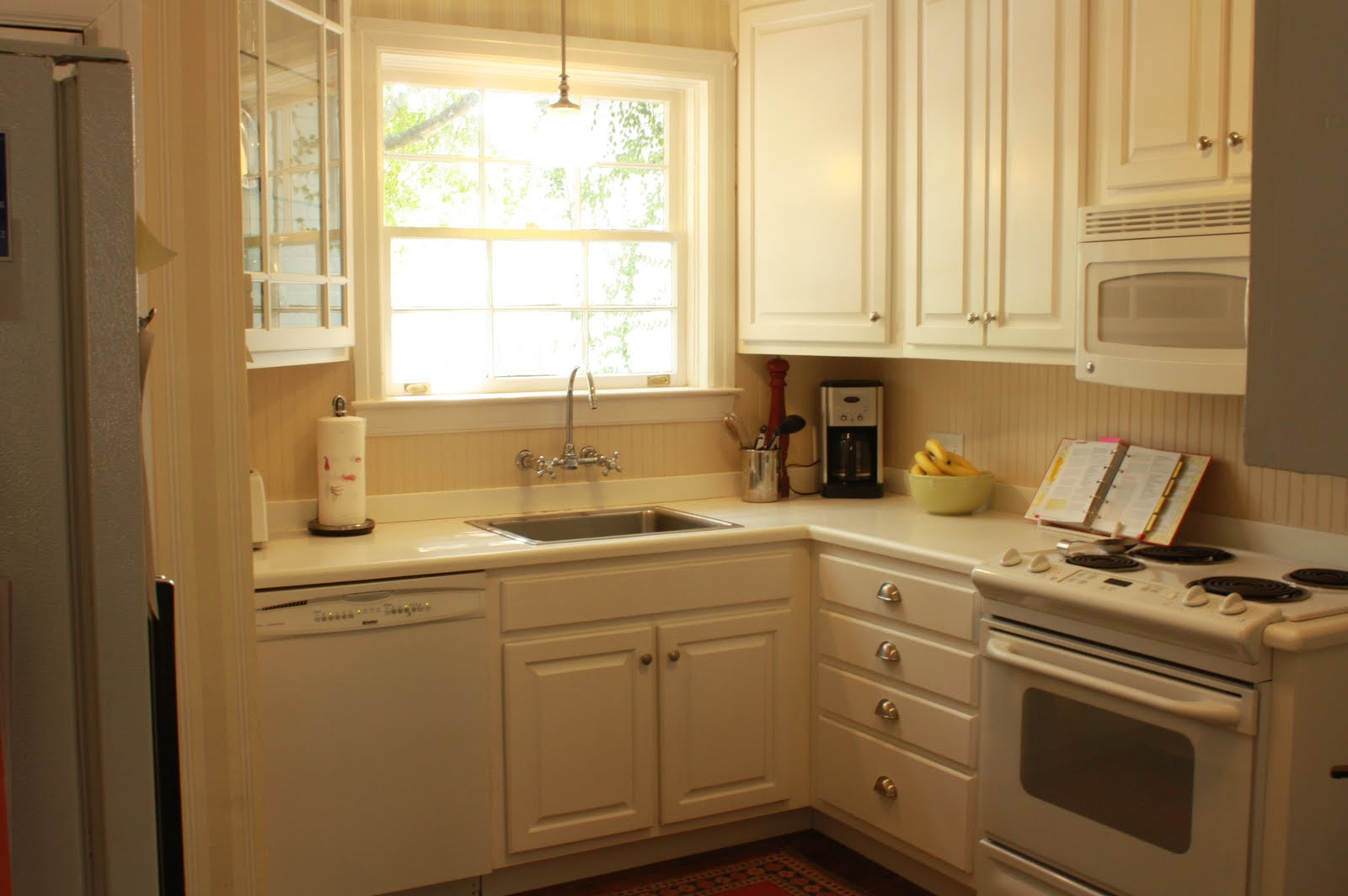 Corian Countertops and Backsplash