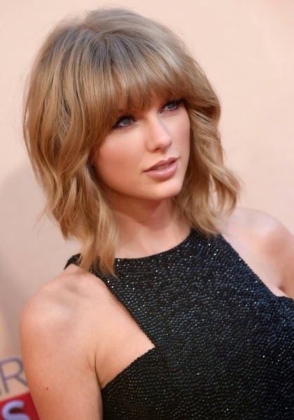 Hairstyle Hairstyle of Short cut with bangs Taylor Swift