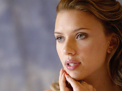 Scarlett Johansson Desktop cute girl Wallpaper