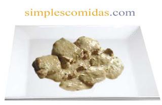 pollo a la crema de champignon