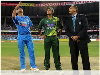 MS-Dhoni-Mohammad-Hafeez-Ind-V-Pak-1st-T20I-2012