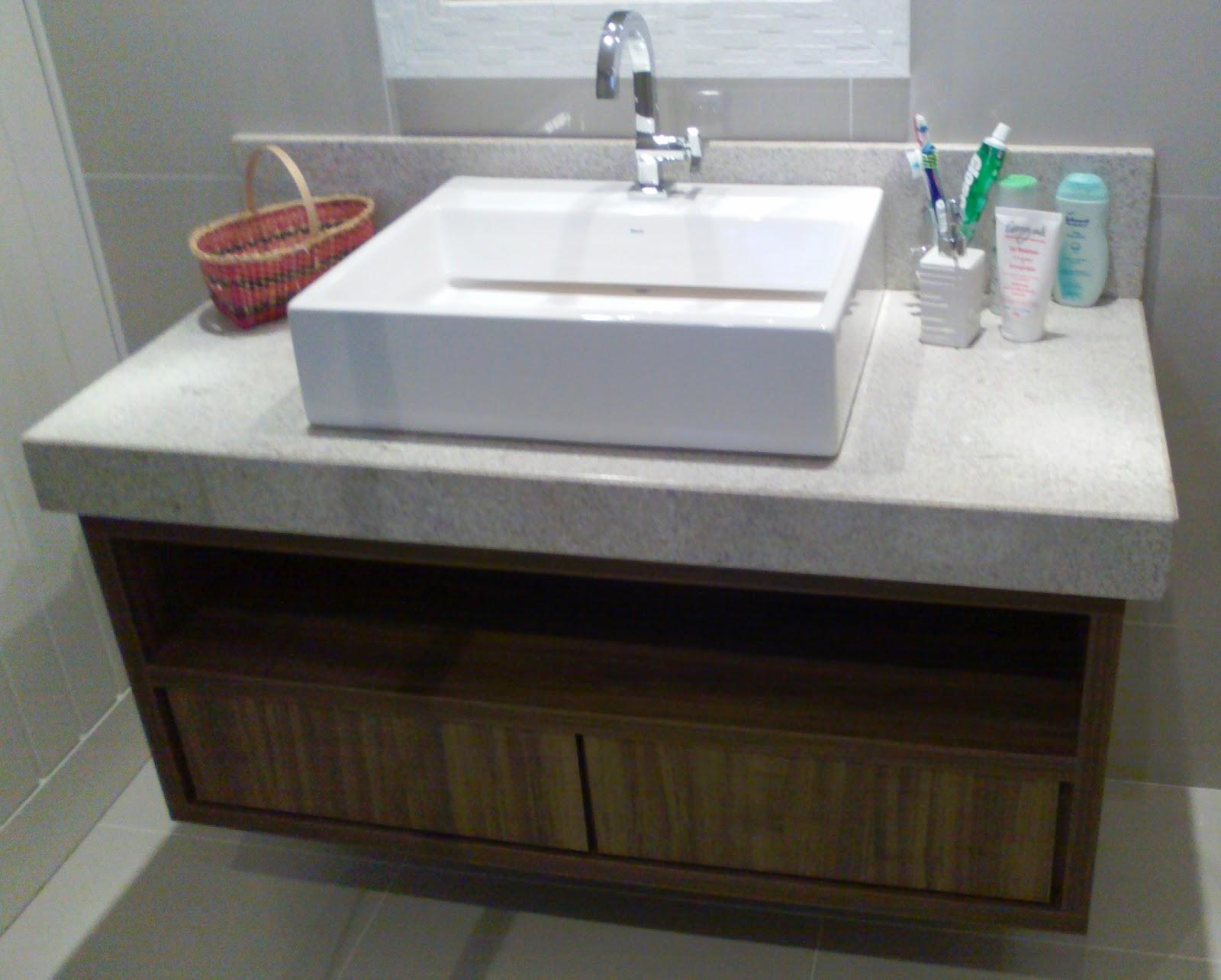 Armário para pia de banheiro Vitória Móveis sob medida #3D776B 1600x1284 Armario Banheiro Coluna Pia