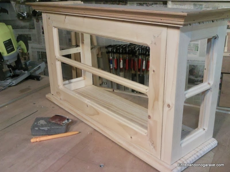 How To Make The Door For This Glass Cabinet. Rummageinthegarage
