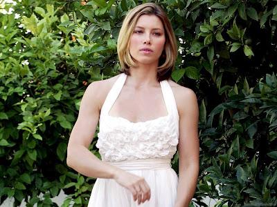 Hollywood Actress Wallpaper-Jessica Biel-901-1600x1200