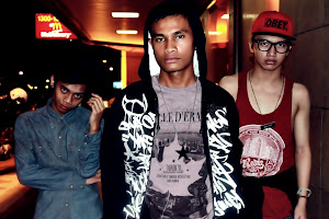We have Haziq , Nabil and Me! Dude , this is really cool. We laugh together all the time.
