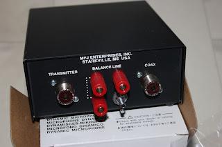 Baksidan på den. Transmitter ingång och Coax eller varför inte köra med Wire?