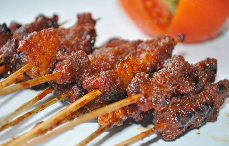 Kuliner Lombok Sate Daging Rembiga