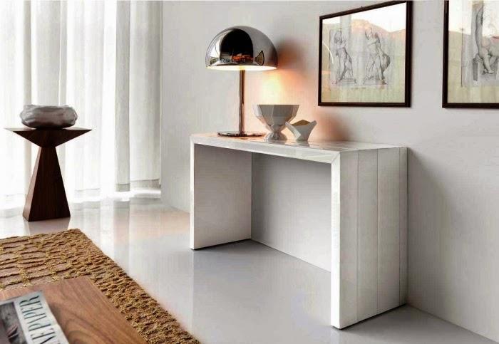 Conseils d co et relooking 10 tables consoles blanches pour les couloirs - Console blanche ikea ...