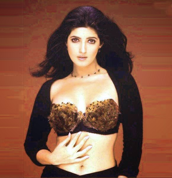 Twinkle Khanna Hot HD Wallpapers 2014