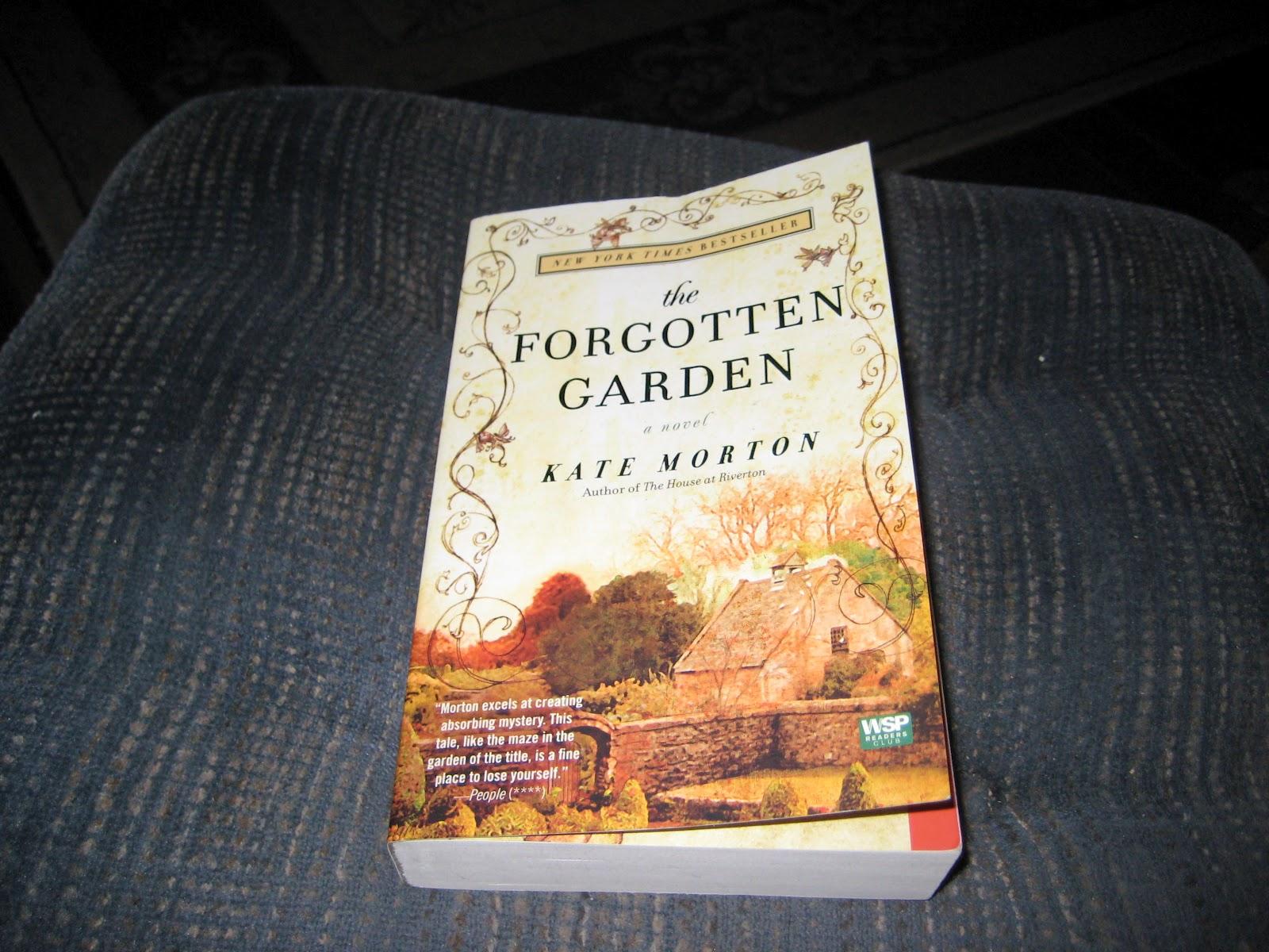 Lace Lovin 39 Librarian The Forgotten Garden By Kate Morton