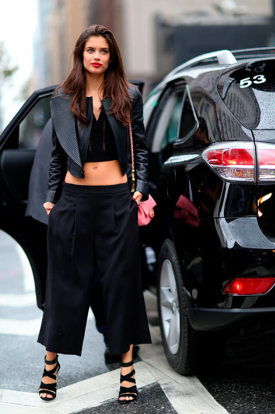 Fashion Week Street Style Sara Sampaio The Front Row View