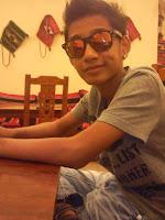 adikk azry =) loveyoto