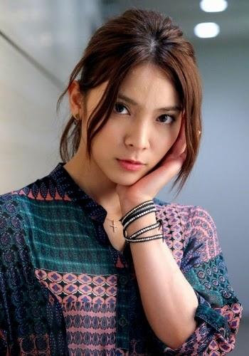 Sayaka Akimoto Pictures for April 17, 2014