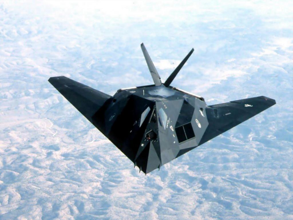 http://3.bp.blogspot.com/-5kK8ffY5kYQ/TuzL-AxhQcI/AAAAAAAAA50/g7su4r8hr5w/s1600/stealth_fighter.jpg