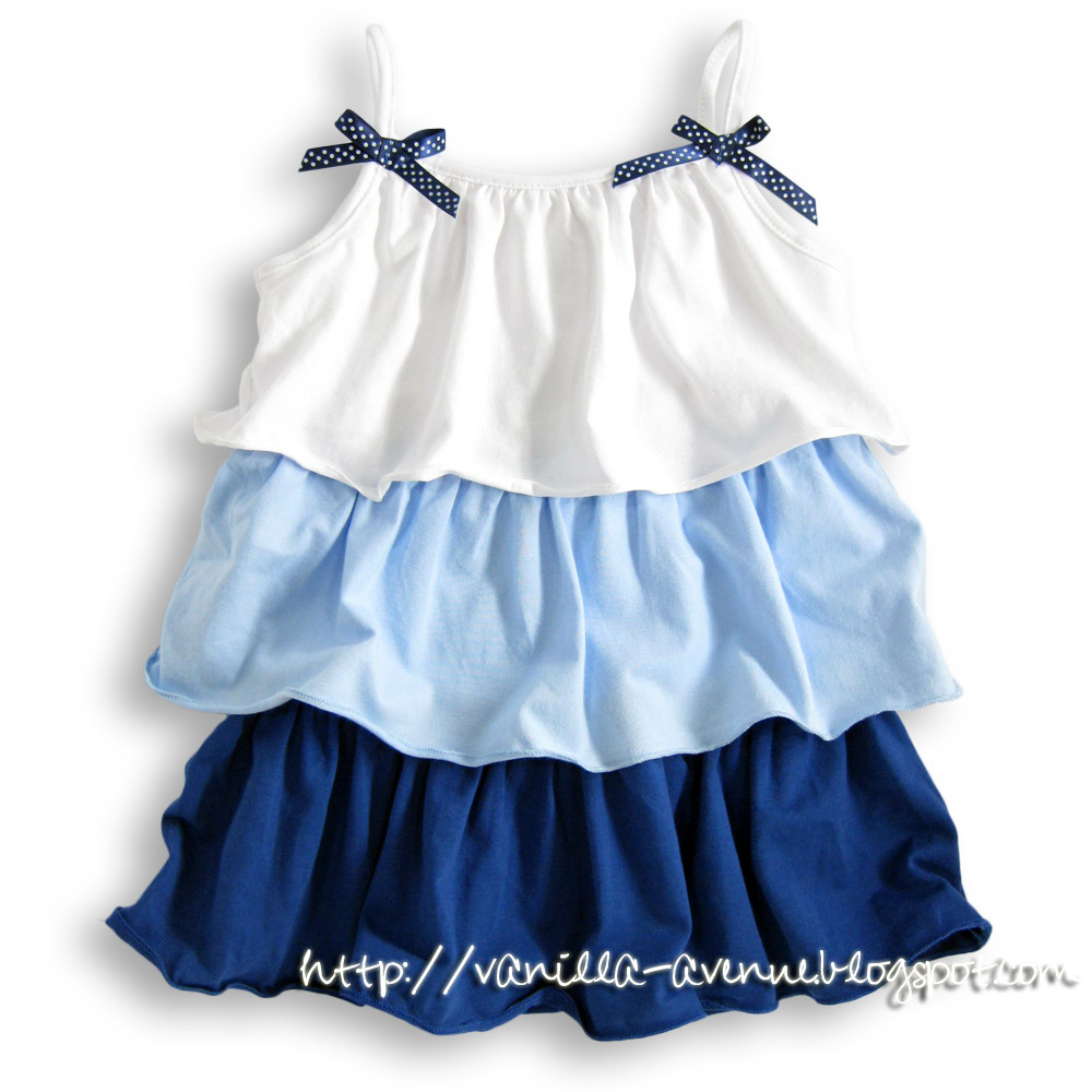 HAZASEE Cake Dress in White/Blue