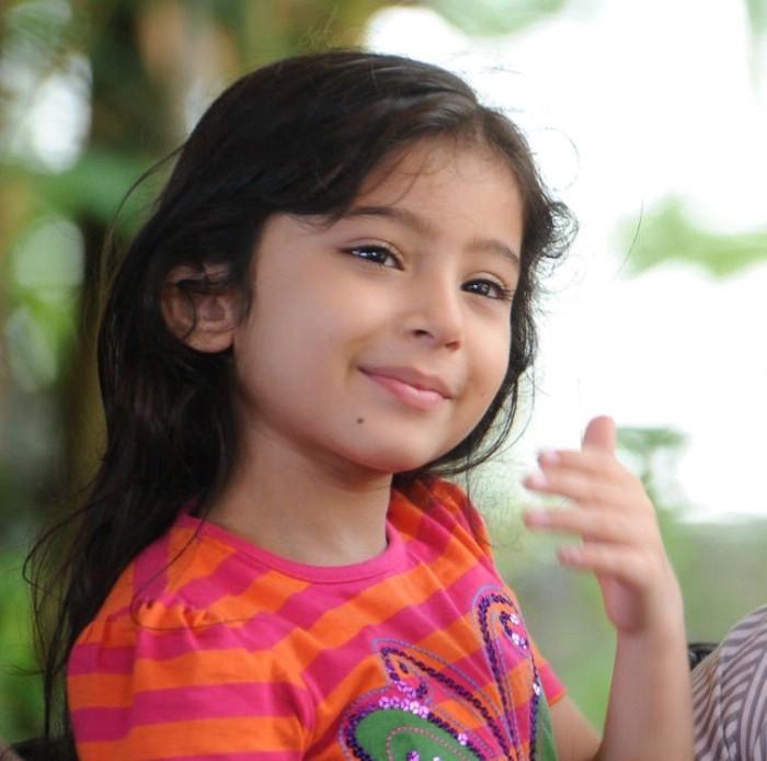 Nanna Fame Baby Sara Cute Photos Stills Nanna Movie