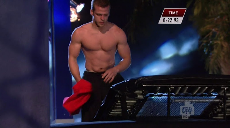 Chris Wilczewski Shirtless in American Ninja Warrior s4e12