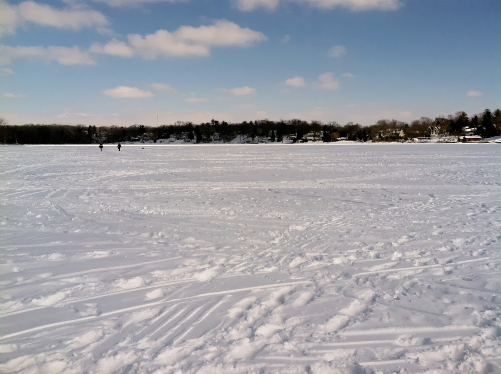 Illinois wisconsin fishing fox chain of lakes ice conditions for Lake wisconsin fishing