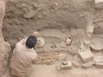 Tumba del sacerdote hallada en complejo arqueológico de Ventarrón, en Lambayeque