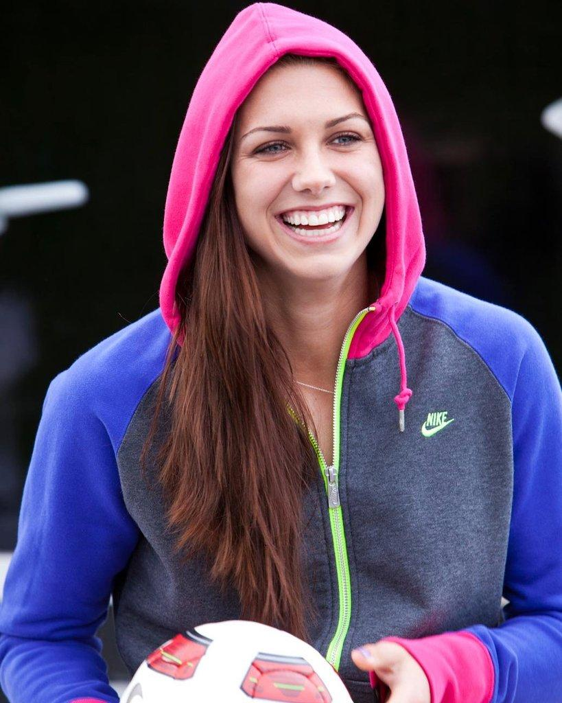 Alex morgan profile and latest pictures 2013 all for The morgan