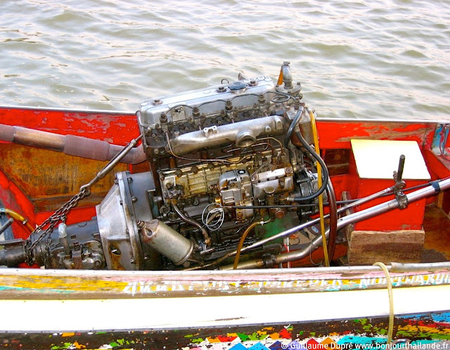 engine long tail boat thailand