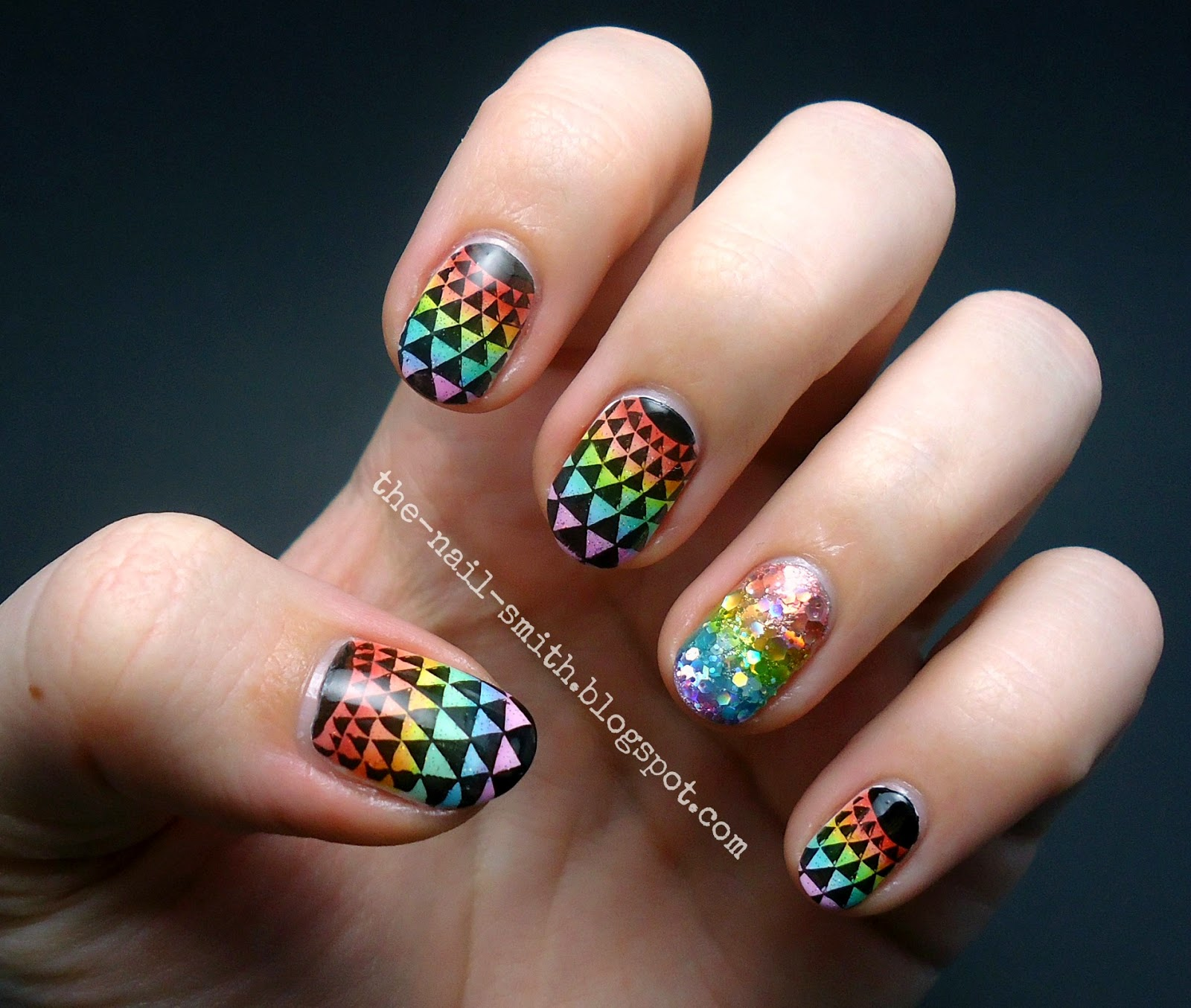 The Nail Smith: Kaleidoscopic Leadlight Rainbow Awesomeness!