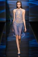 Прозрачна рокля над коляното на Alberta Ferretti