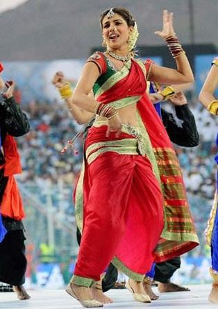 Priyanka Chopra Marathi Look Pic