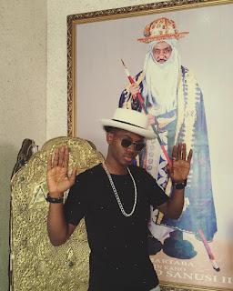 Korede Bello Hangs Out With Emir Of Kano Sanusi (Photos)