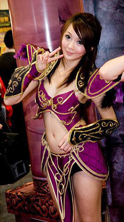 hot and sexy asian cosplayer 08