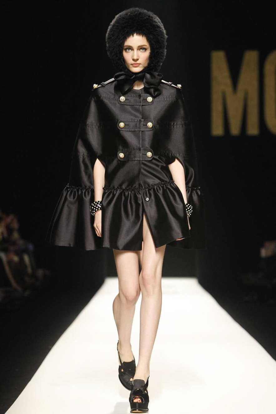 Runway: MOSCHINO Milan Fashion Week Fall/Winter 2012-2013 ...